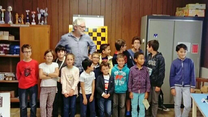 Nos jeunes avec notre éducateur Antonio